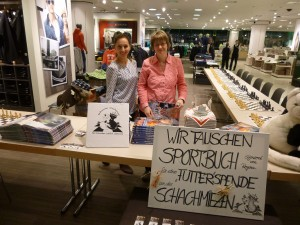Heike und Regina - Simultankampf 2015 Galeria Kaufhof